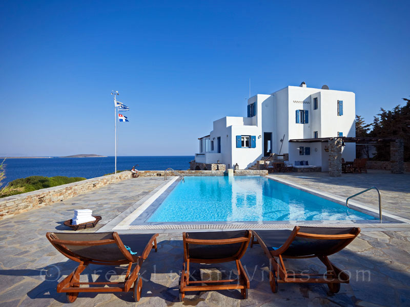 Antiparos Seafront Villa with Pool