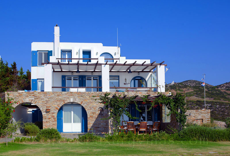 Large Seafront Villa in Antiparos