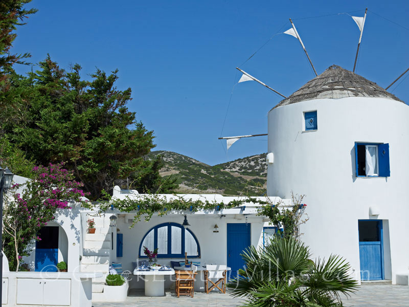Windmill and Luxury Villa in Antiparos