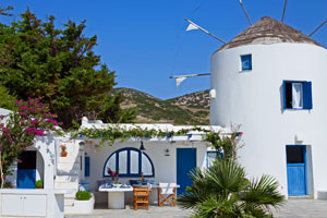 Luxurious Villa and Windmill in Antiparos