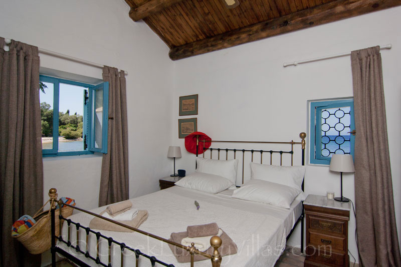 Absolute Seafront Bedroom Corfu