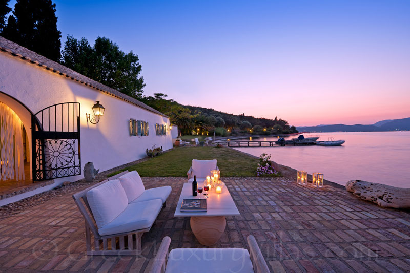 Absolute Seafront Villa in Corfu