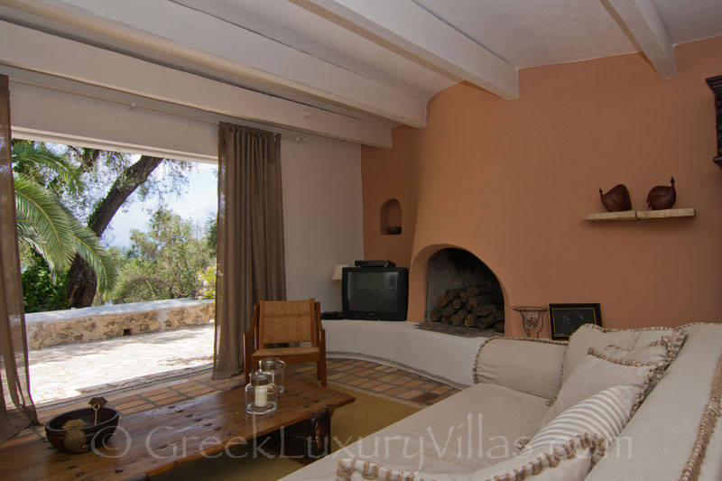 Olive Grove with Sea View Lounge