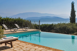 4-bedroom Villa with Private Pool with View Over the Ionian Sea