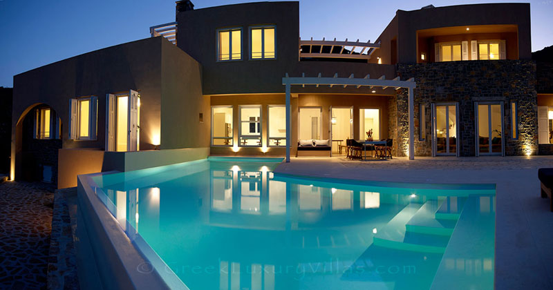 The pool of a luxury villa in Elounda, Crete