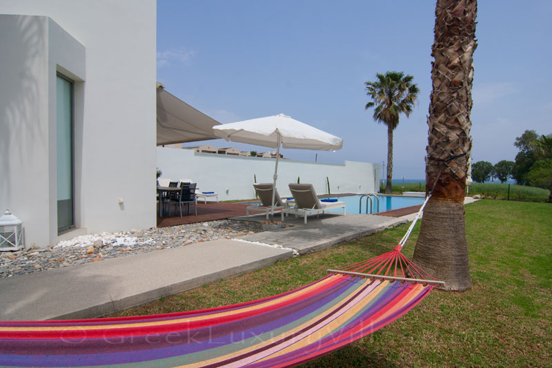 Beachfront villa in Maleme, Crete