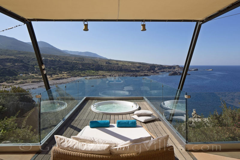 Jacuzzi of seafront villa with pool in Crete