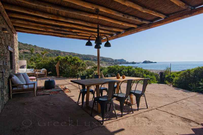 Outdoor Dining in a beach house in Crete