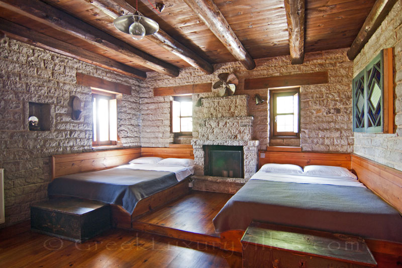 Bedroom for 4 people of Zagori mountain house