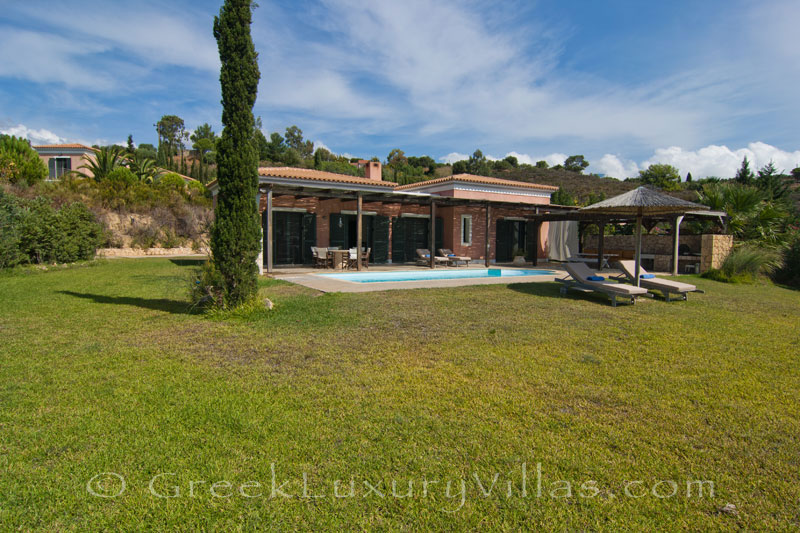 The modern, three-bedroom villa with a pool in Kefalonia