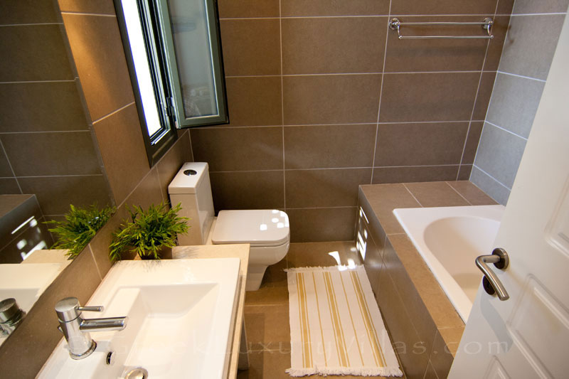 A bathroom in a modern, three bedroom villa near the beach in Kefalonia