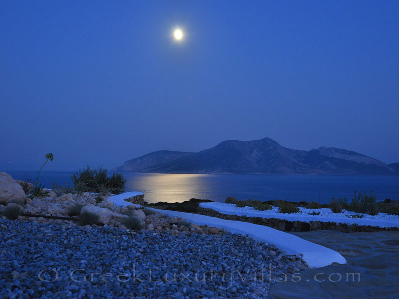 Moon rise of luxury villa with pool in Koufonisi
