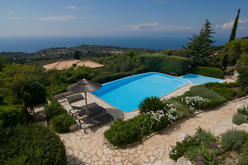 Private villa with baby pool and seaview in Lefkas