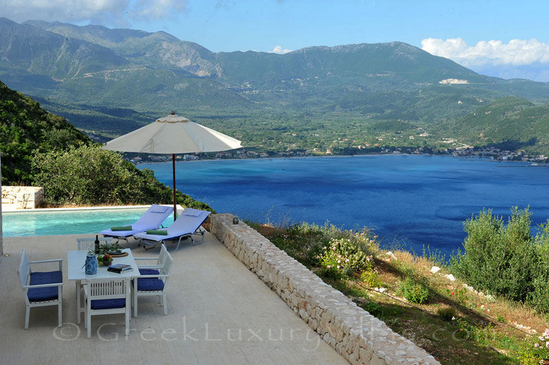 The luxury villa with a pool that sleeps six people and has great seaview in Lefkada