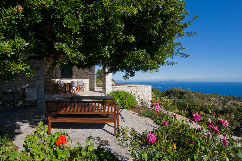 Garden with stunning sea view of traditional villa in Lefkada