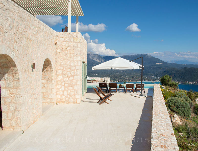 A luxury villa with a pool and stunning sea view in Lefkada