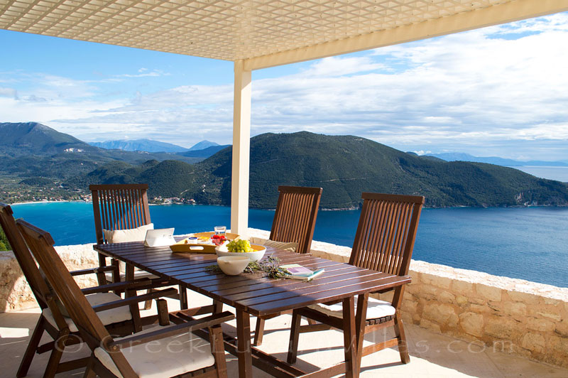 A luxurious villa with seaview in Lefkas