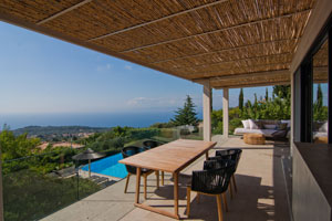 Villa Apple - A luxurious 2-bedroom villa with private pool on Lefkas