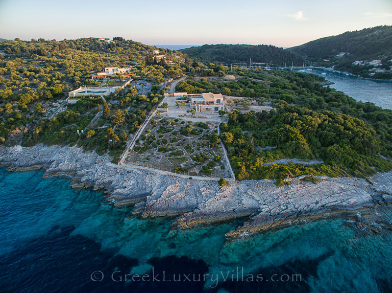 Seafront villa in Mongonisi, Paxos