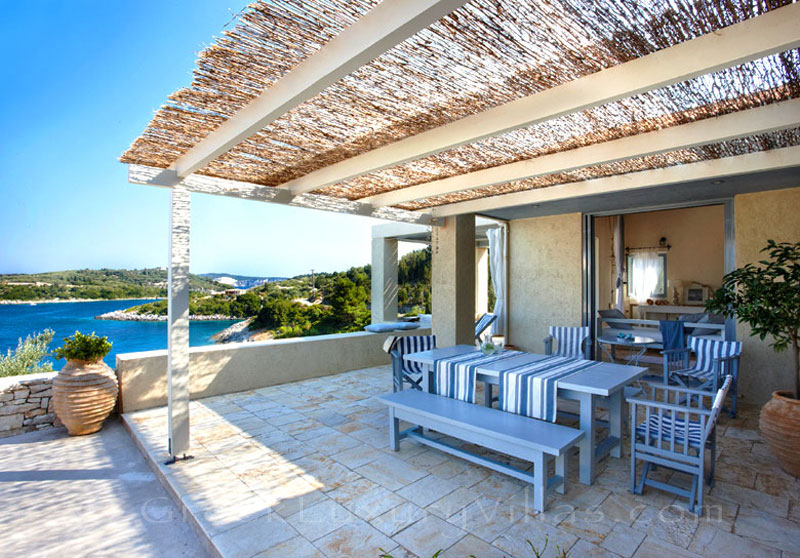 Beachfront villa with a pool in Paxos