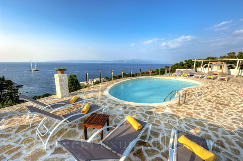 A cheerfully decorated villa with a pool and seaview in Paxos