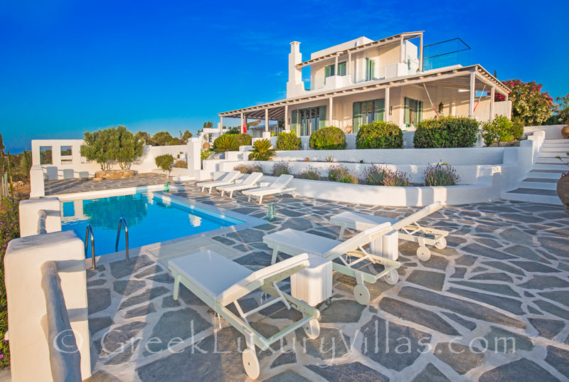 A luxury villa with a pool in Rhodes