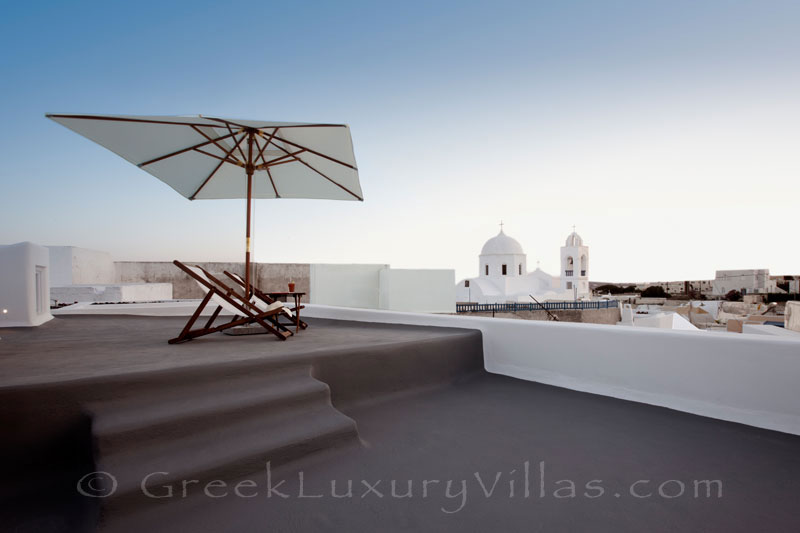 A roof-top terrace of a contemporary luxury villa in Santorini