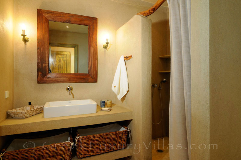Bathroom of luxury villa with pool in Skiathos