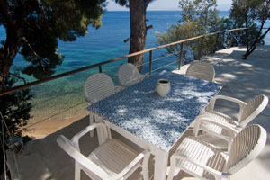 A Beachfront Cottage in Prime Location on Skiathos, Greece