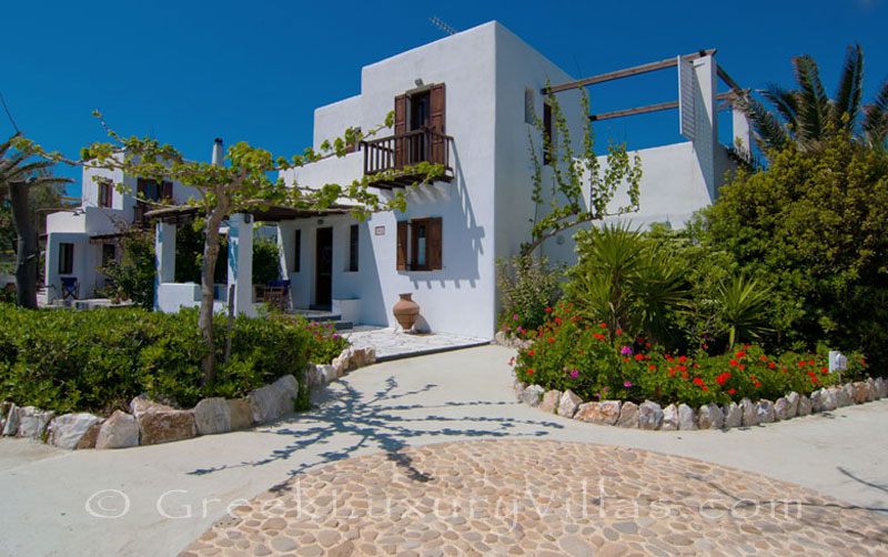 Villa for two in walking distance to the beach in Skyros