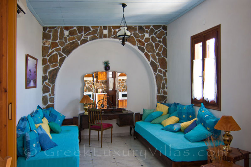 Bedroom of villa foyrosr two on Skyros island