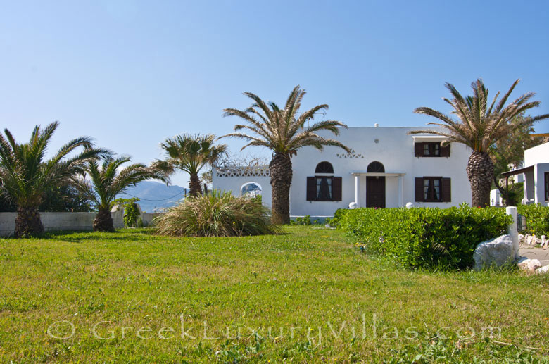 Skyros traditional villa walking distance to beach
