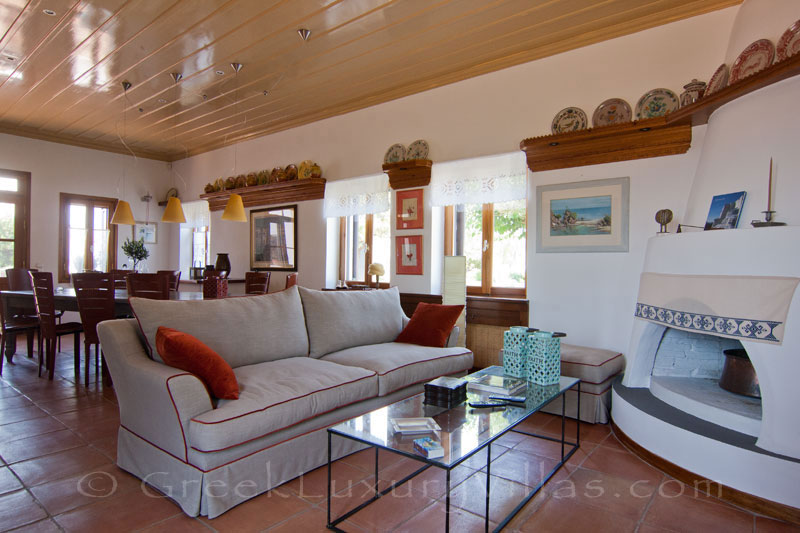 Living room of beachfront villa in Skyros