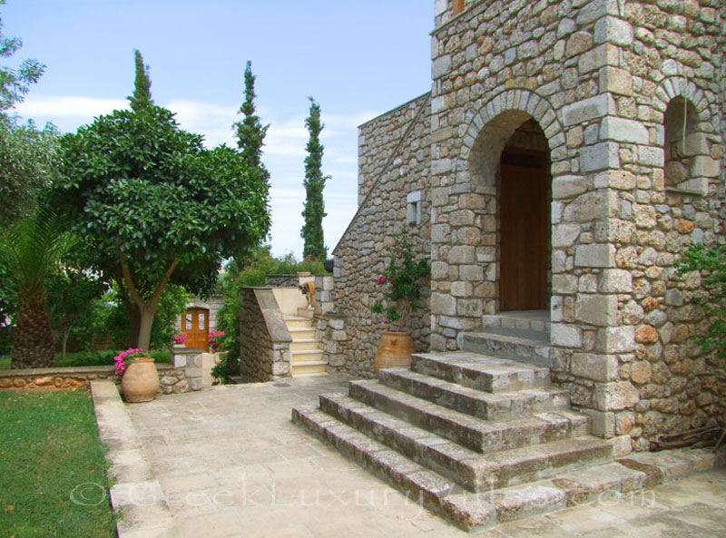 The garden of a traditional villa in Spetses