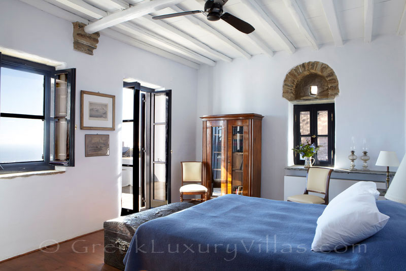 bedroom of traditional house for two on Tinos