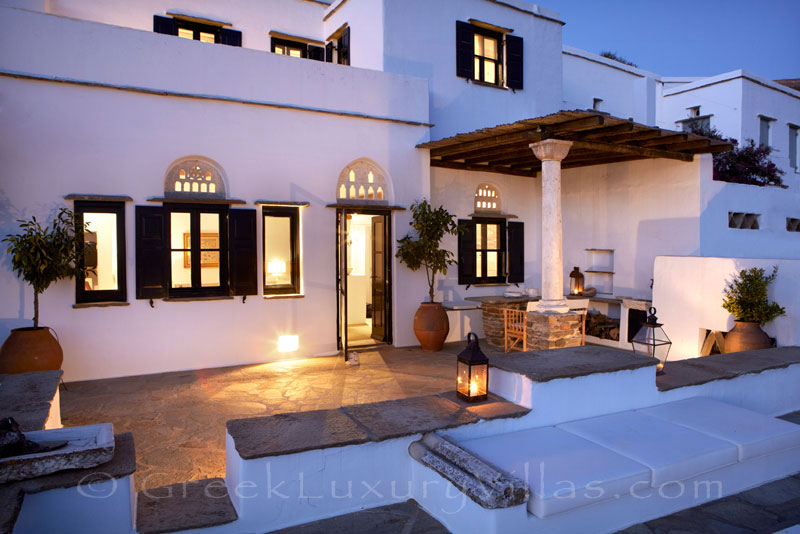 beautifully restored traditional house on Tinos