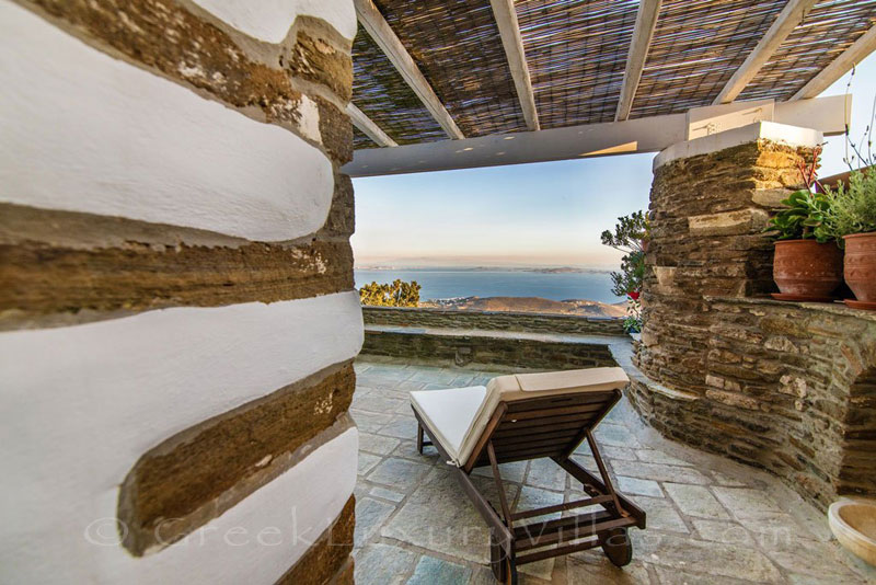 traditional villa in Tinos with sea view