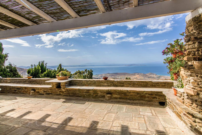 traditional villa in Tinos with panoramic view on terrace