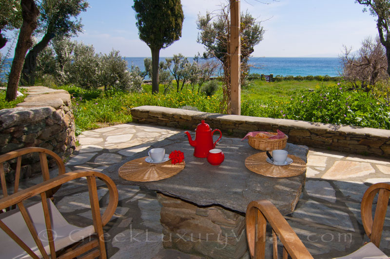 Tinos beach bungalow enjoy the sound of waves