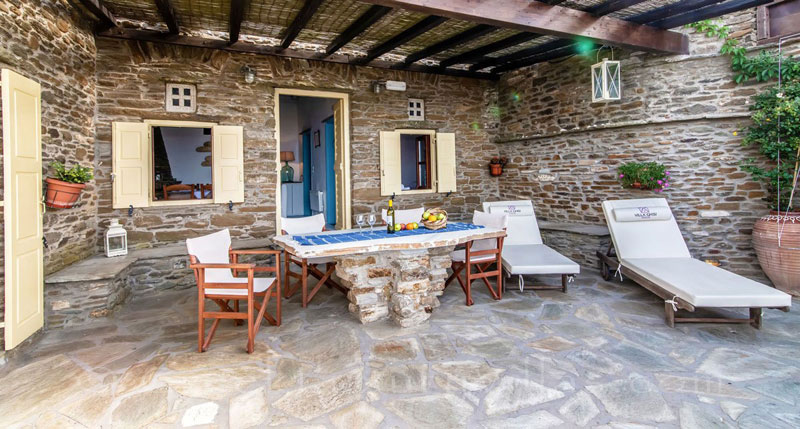 traditional villa for four on Tinos veranda sea view