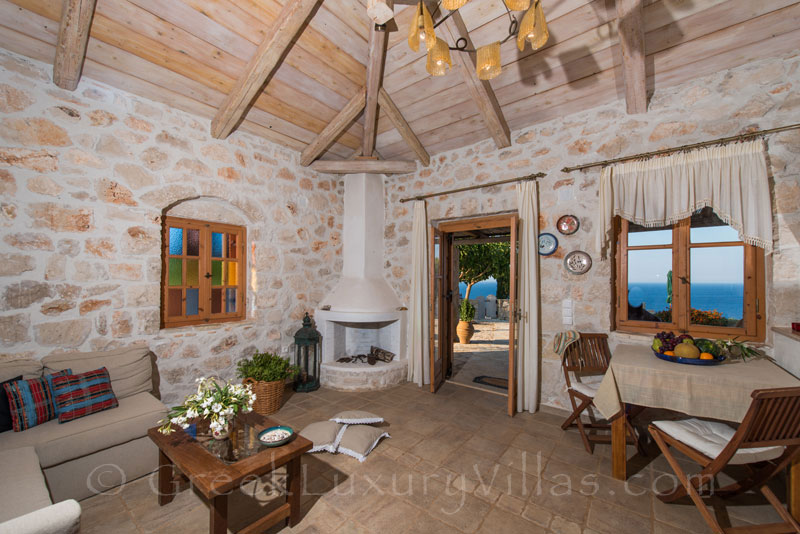 Living-room in three bedroom villa with pool in Zante