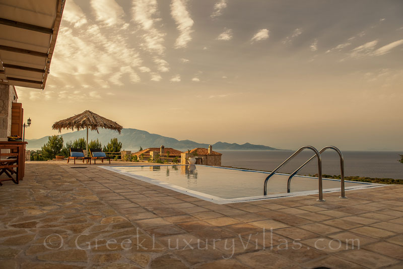 A two bedroom villa with a pool in Zakynthos