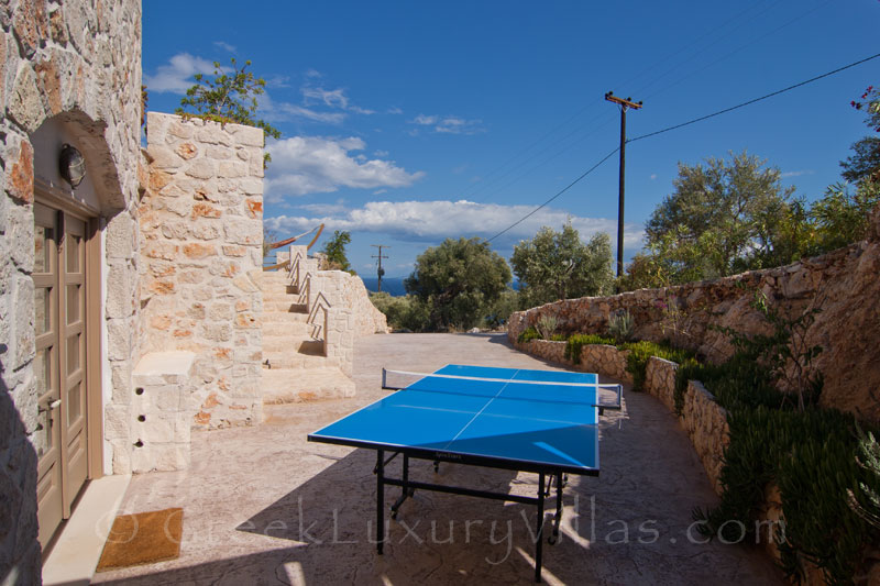 Table tennis at a seaview villa with a pool in Zante