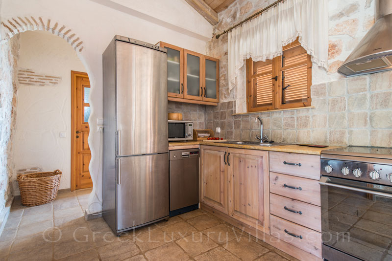 Kitchen of seafront villa with pool in Zakynthos